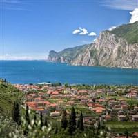 4 Star Lake Garda Winter Sun