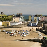 Tremendous Tenby, a Castle and a Cathedral