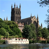 Motor, Steam and Cruise in Worcester
