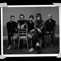 Doncaster Races with Live Music from Shed Seven